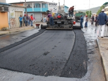 asfaltado-en-tronconal-01_web