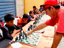 foto-2-simultanea-de-ajedrezweb